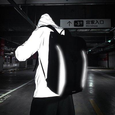 溜溜潮牌男士騎行背包新款潮流休閑時尚簡約戶外大容量學生書包雙肩包