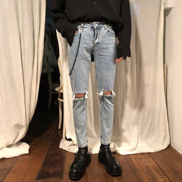【NoComment】百搭街頭休閒潮流的膝蓋破壞修身牛仔褲 藍黑 兩色 ZARA Levis
