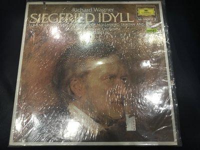 開心唱片 (RICHARD WAGNER / SIEGRIED IDYLL) 二手 黑膠唱片 DD587 (左上切痕)