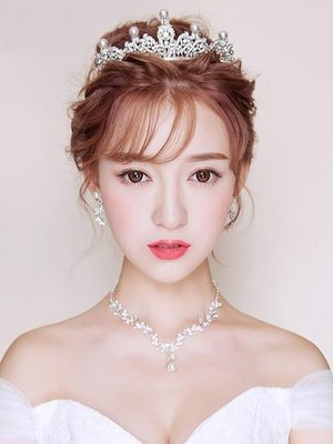 皇冠 新娘頭飾三件套大氣結婚白紗飾品婚紗配飾項耳環女