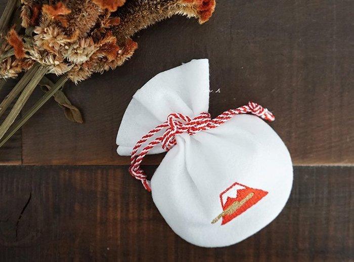 MH 選物室 京東都 KYO-TO-TO 日本製 幸運象徵的小福袋 百寶箱 富士山 小收納袋 置物包袋 福袋 (白富士)