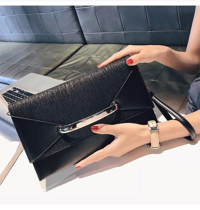 FINDSENSE X 韓國 女士 時尚百搭氣質 信封包 手提包 多功能 手拿包 手抓包