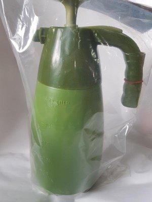 【瘋狂園藝賣場】氣壓式噴水壺 綠色 GS-1500 1.5 Liter 噴霧器 澆水 園藝