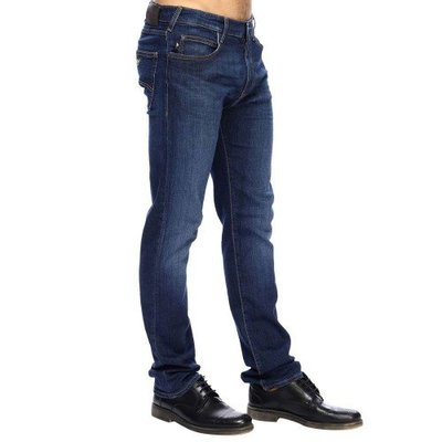 【EZ兔購】~正品美國Armani Jeans 亞曼尼 AJ  小直筒  牛仔褲 ~現貨 31 腰 還有