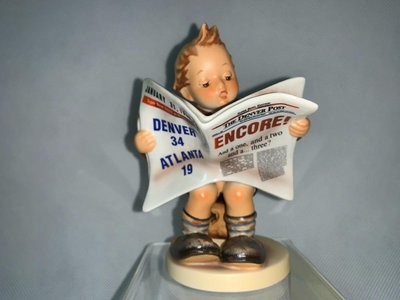 盒裝德國喜姆娃娃Goebel M.I.Hummel 編號184 Latest News TMK7 1999年超級盃限量版