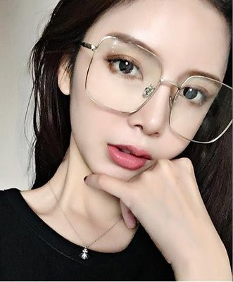 ❤Princess x Shop❤時尚文青風大框方形造型平光鏡DL19032920正韓國連線吊帶褲蕾絲一字領露肩