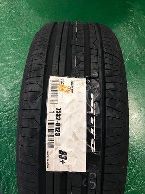 +超鑫輪胎鋁圈+  NITTO 日東 NT830+  215/ 55-17 日本製 來電驚喜價 新北市