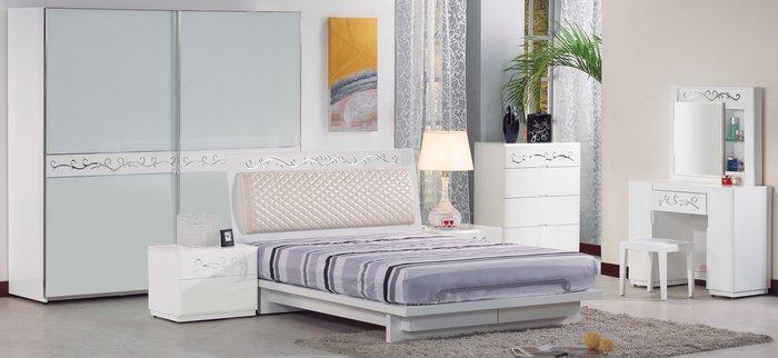 FA-048-A  5尺白色雙人床組(雙人床+床頭櫃x2+斗櫃+鏡台含椅)大台北區/家具/沙發/餐桌椅/衣櫃/1元起
