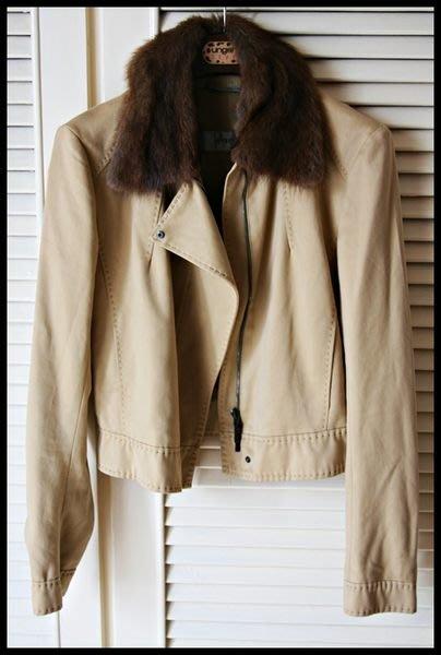 【SPORTMAX 】深棕色皮草毛領駝色軍裝風拉鍊帥氣短身外套(原價4萬8)