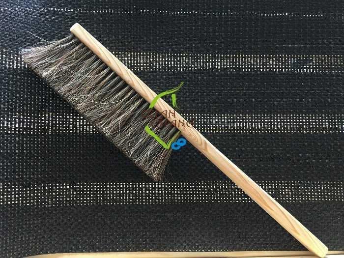 【光合作用】QC館 檜木馬毛刷(長柄) 100%台灣製造 純手工製作 採用天然動物毛或植物毛 流傳傳統手工藝,感恩愛地球