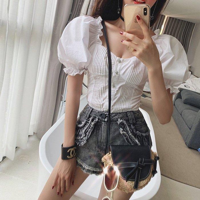 《巴黎拜金女》白色泡泡袖襯衫鎖骨上衣甜美chic一字肩超仙