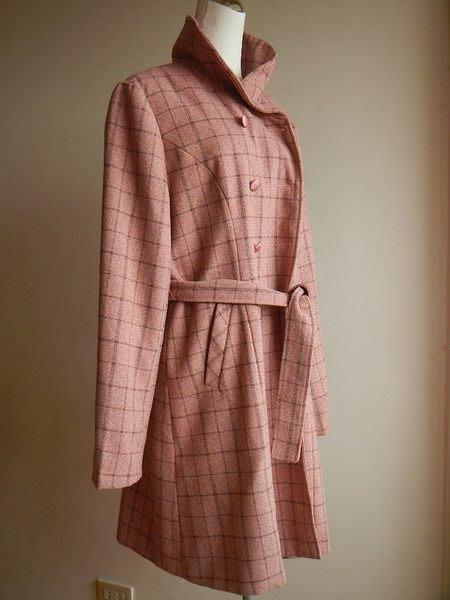 【甜心寶貝】龍笙 M ~ XL 雅致英倫風腰帶可拆式羊毛領長版大衣 / 特價!