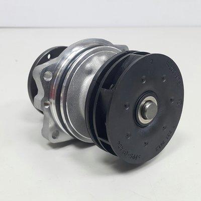 BMW X3 E83 M54 04-05 水泵浦 水幫浦 水邦浦 (黑塑鋼葉) 11517527799