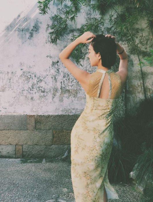 【鳳眼夫人】原創設計訂製款 春芽 復古中國風雪紡白月光氣質嫩芽綠露背蕾絲輕中式旗袍長洋裝 露肩削肩小性感顯瘦小香風洋裝