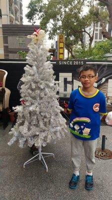 180cm聖誕樹 六尺聖誕樹 出租聖誕樹 租借聖誕樹 洽 熊愛的花苑 特價4500 大贈送10盆聖誕紅 此報價限雙北市