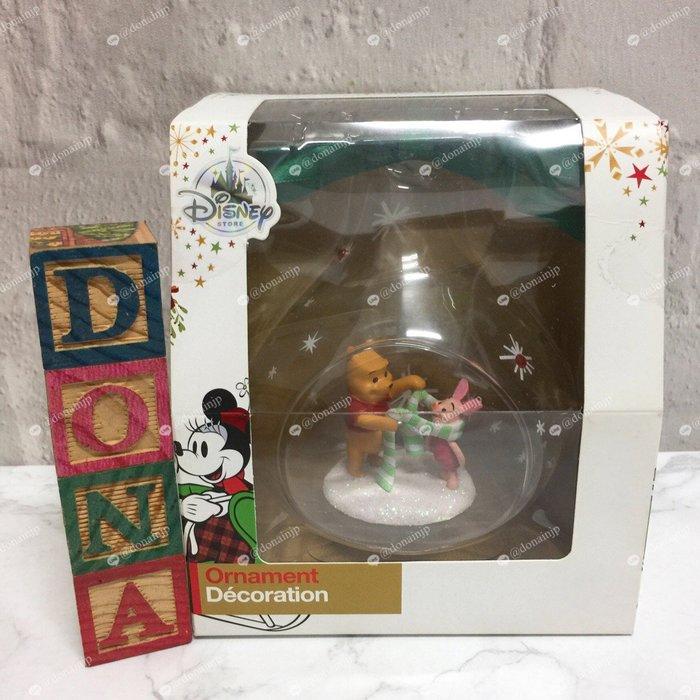 【Dona日貨】日本迪士尼store限定 小熊維尼小豬圍圍巾 聖誕樹吊飾/掛飾 A01