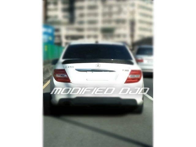 DJD19091901 BENZ W204 V款 碳纖維 卡夢 尾翼 現貨供應 免費安裝 密合度保證 C300 C63