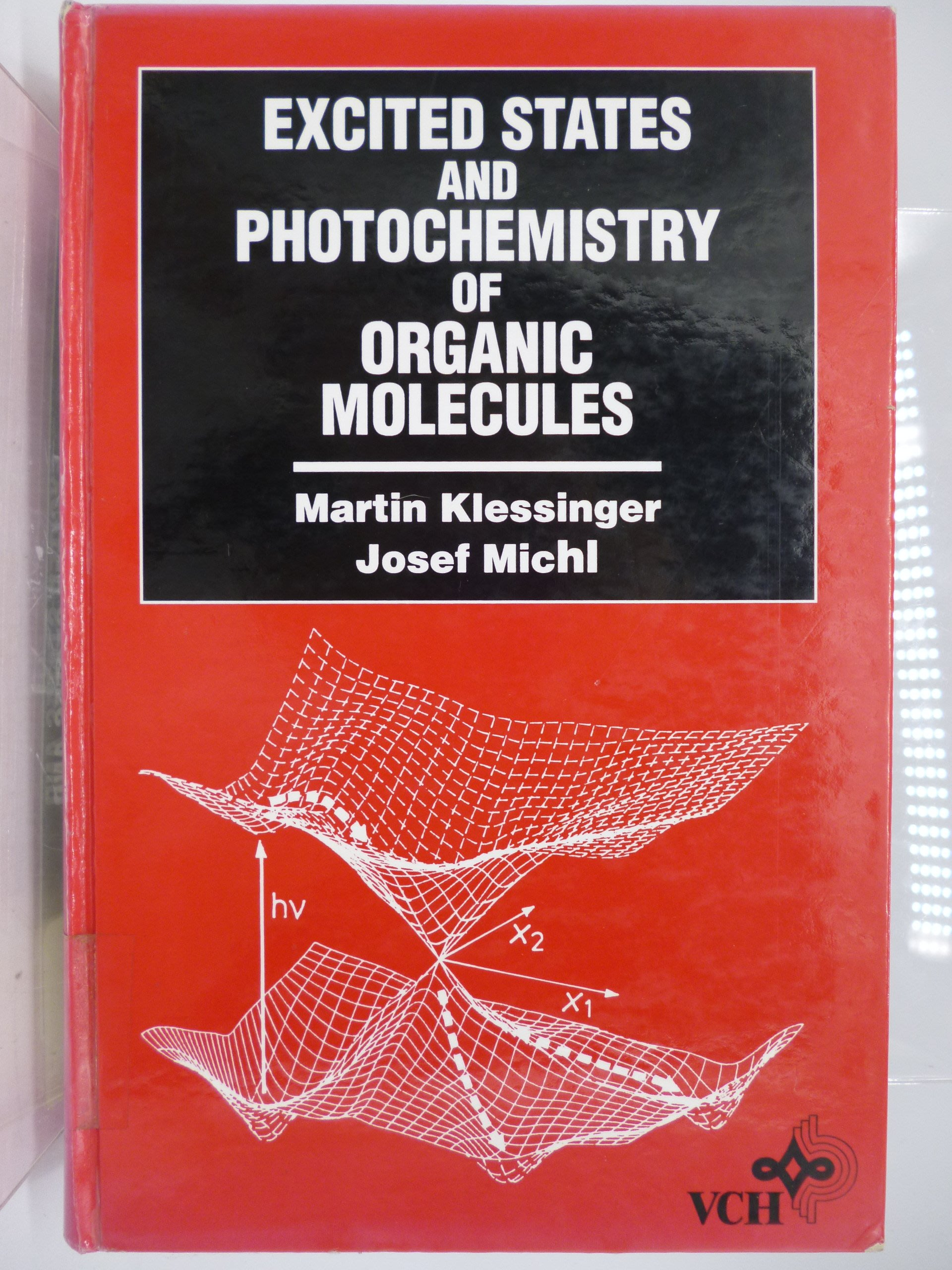Excited States&Photochemistry of Organic Molecules〖大學理工醫〗AEY