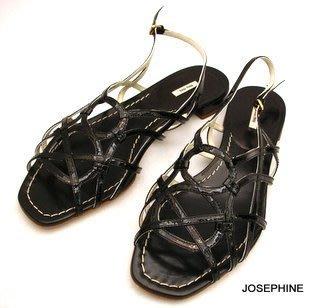 喬瑟芬【MIU MIU】特價$12900~黑色亮漆皮革低跟涼鞋☆EU38.5~全新真品!零碼↘出清!