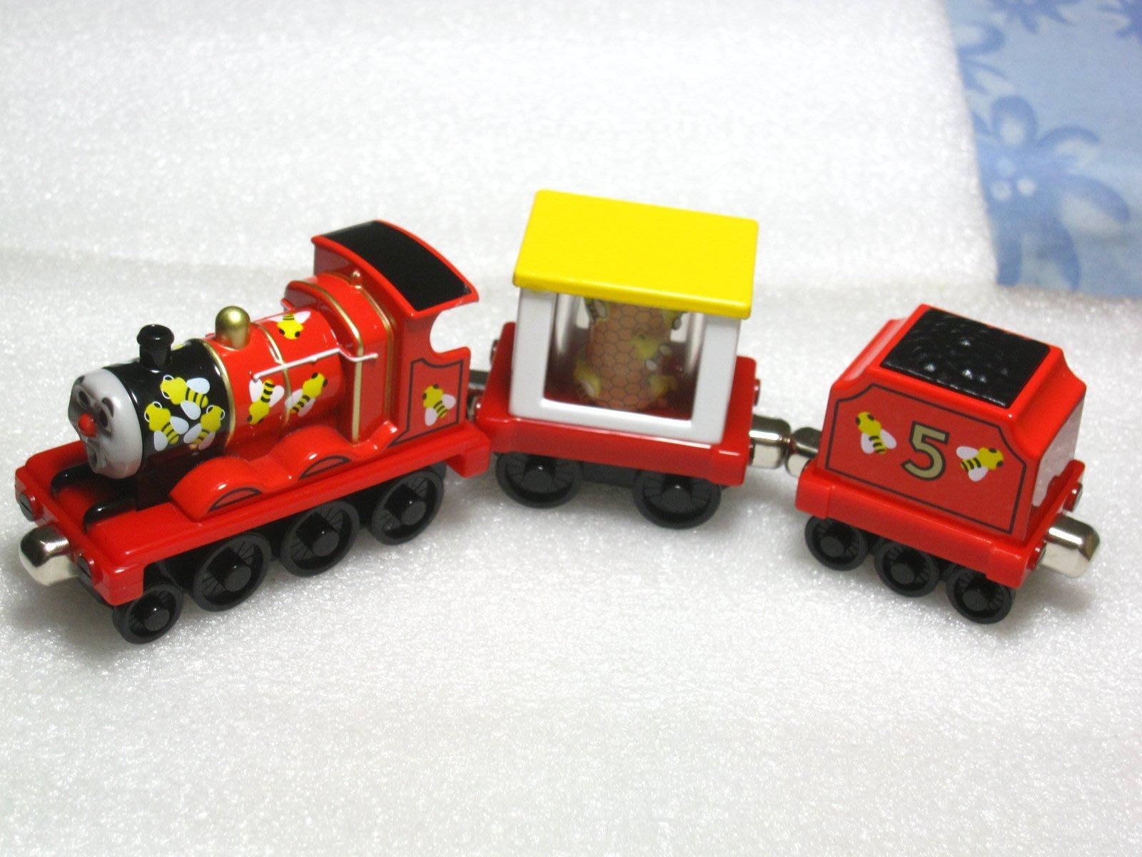 愛卡的玩具屋㊣ 美泰出品正版 湯瑪士 合金小火車 /合金玩具/ 磁性火車 /詹姆士james蜜蜂版