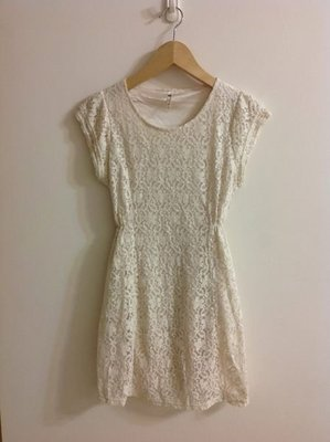 韓製百搭蕾絲花網短袖洋裝--米色