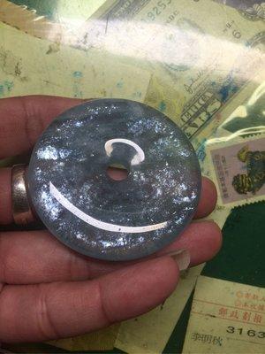 (古藝老歷史)天然海水藍寶石平安扣稀有礦物七彩暈光如圖照實體拍照現貨供應出貨