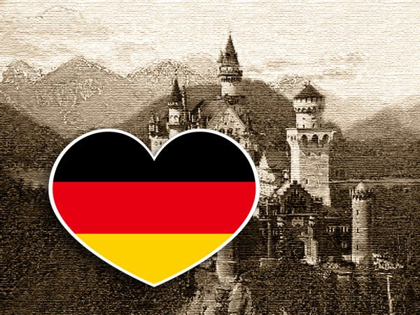 【衝浪小胖】德國旗抗UV、防水愛心形登機箱貼紙/Germany/各國都有販賣和客製