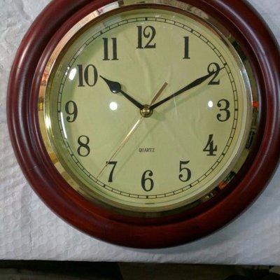 【Timezone Shop】木框 圓形 亮邊 深褐色 掛鐘  時鐘