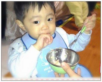 台灣製造生產~專用幼兒餐具單碗組(青色碗/圓洞白色上蓋/青色湯匙)有3色可以選擇1色哦~