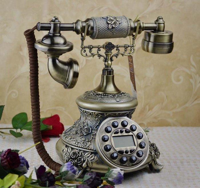 【易發生活館】新品熱銷造型仿古電話機 立體雕花仿古電話機/複古電話機/田園電話機/帶免提背光來顯 古董 家居收藏送朋友 禮物 座式電話