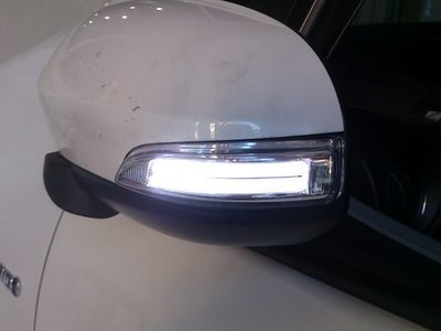 (松鼠的天堂) TOYOTA 2014 YARIS  後視鏡 LED 方向燈 小燈 迎賓燈