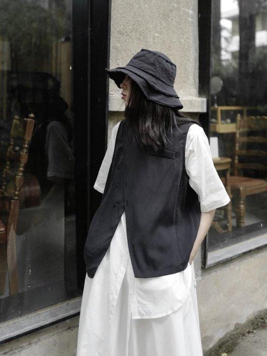 ||一品著衣|| 暗黑風山本黑色不對稱圓領馬甲背心潮流小眾日系設計師款坎肩女ym