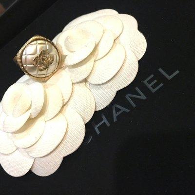 Chanel 香奈兒銀色菱格紋金色logo戒指 高雄市