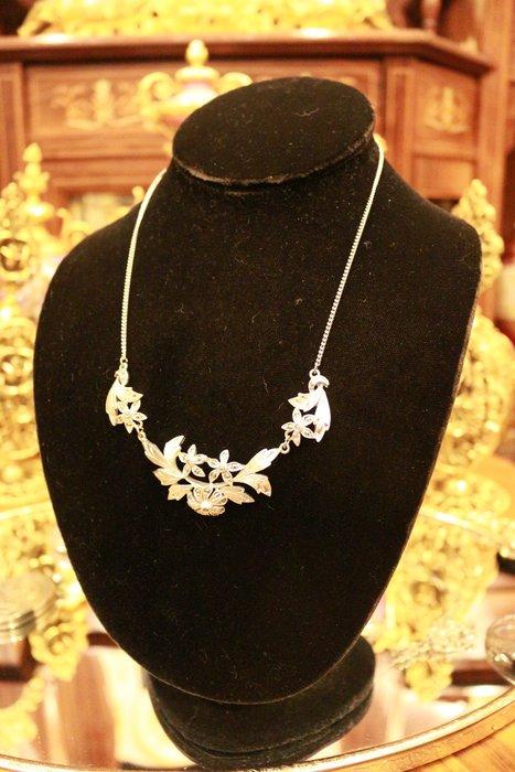 【家與收藏】賠售特價珍藏歐洲古董法國精緻優雅仕女手工珠寶細緻銀浮雕寶石項鍊