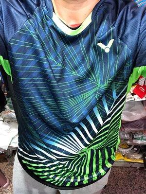 ◇ 羽球世家◇【衣】 VICTOR 勝利 全國公開賽T-80008  合作金庫紀念衫 中性 排汗衫 台灣製 深藍綠