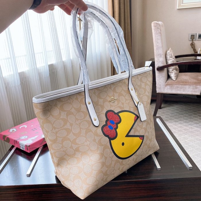 名品部落~Coach/蔻馳 最新款 頂級貨女包 簡約時尚購物袋爆款經典老花手提包單肩包潮包6RX290