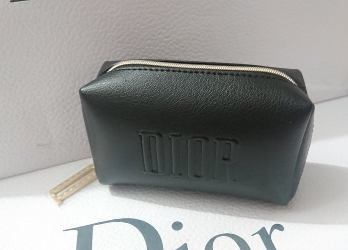 全新Dior迪奧黑色美妝包約15*10*5cm