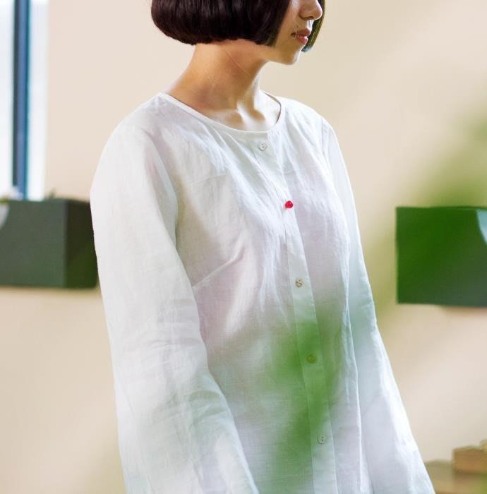 (老銀屋)經典素雅長袖白襯衫