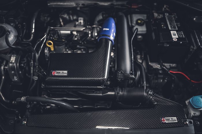 德朋國際 /FORGE 碳纖維 進氣套件 VW GOLF Variant 實裝
