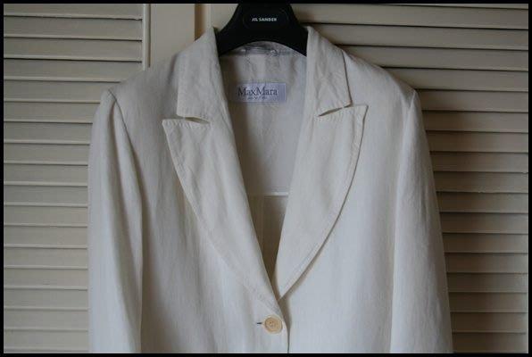遠企專櫃購買白色Max Mara天然亞麻纖維透氣單排兩扣西裝上衣