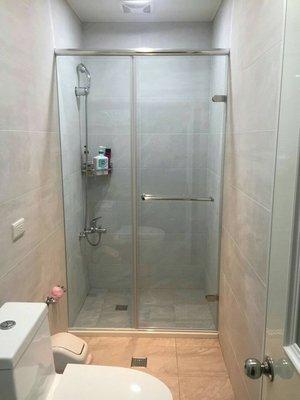 《振勝網》兩年保固 無框落地型 一固一開門 8mm 強化清玻 淋浴門 淋浴拉門 / 另售 TOTO INAX 櫻花 林內