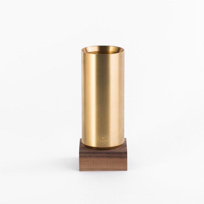 =小品雅集= 臺灣 Y studio:物外設計 文字的重量 黃銅筆筒