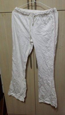 專櫃白色長褲洗過沒L SIZE(189綠)