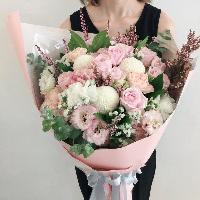 V063。粉粉的。粉玫瑰花束。台北西門歡迎自取【Flower&House花藝之家】