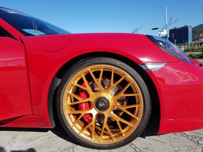 PORSCHE 981 GTS 專用 單孔螺絲(套件組) 單孔鋁圈 升級套件 GTS單孔螺絲 (讓您的車變成單孔鋁圈