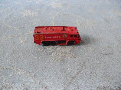 藍色小館15-------火材盒小汽車{金屬製}