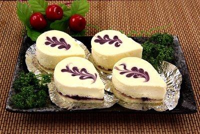 【甜點系列】藍莓乳酪蛋糕(10入)/約650g±5%~滑順香濃的乳酪配上酸甜解膩的藍莓口感更順口~冰涼的吃像綿密冰淇淋