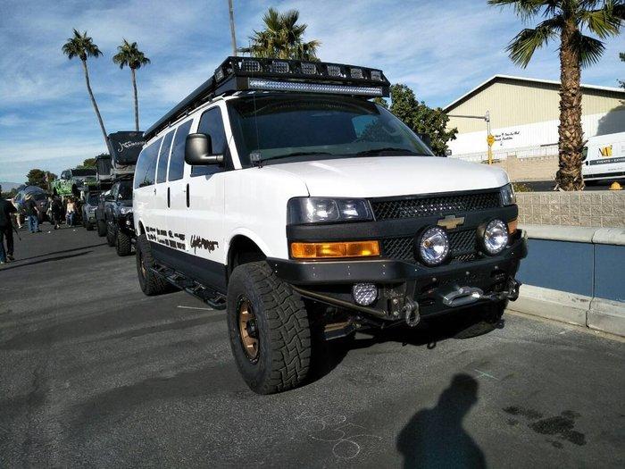 DJD19082405 Chevrolet Express前保桿進口套件改裝設計服務 依現場需求報價