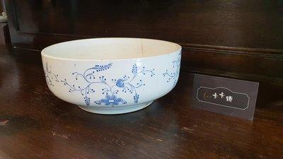 【卡卡頌 歐洲跳蚤市場/歐洲古董】歐洲古董_藍白瓷 花卉 手繪 瓷碗 瓷缽 歐洲老瓷器 收藏 p1323✬