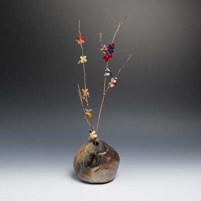 【吳苑】 作家物 鐵釉 花入 花器 花瓶 日本 古美術 茶道具 花道具 書道具 AN0389